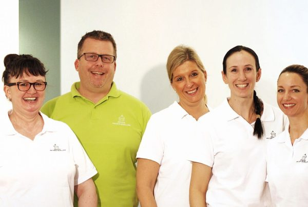 """Wann ich zufrieden bin? Wenn Patienten lächeln"" | Team Zahnarzt Wiesbaden Stephan Scholz"
